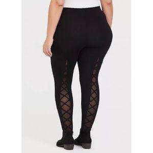 🆕Torrid Lattice Mesh Insert Black Premium Legging